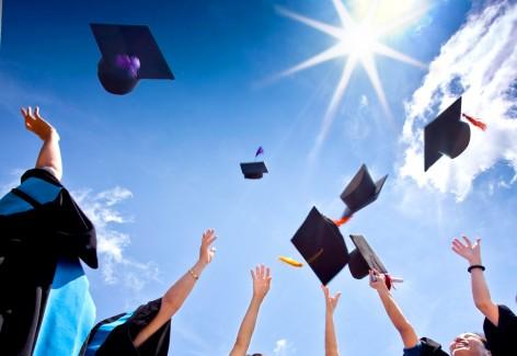 Nên mua hoa gì tặng trong lễ tốt nghiệp?