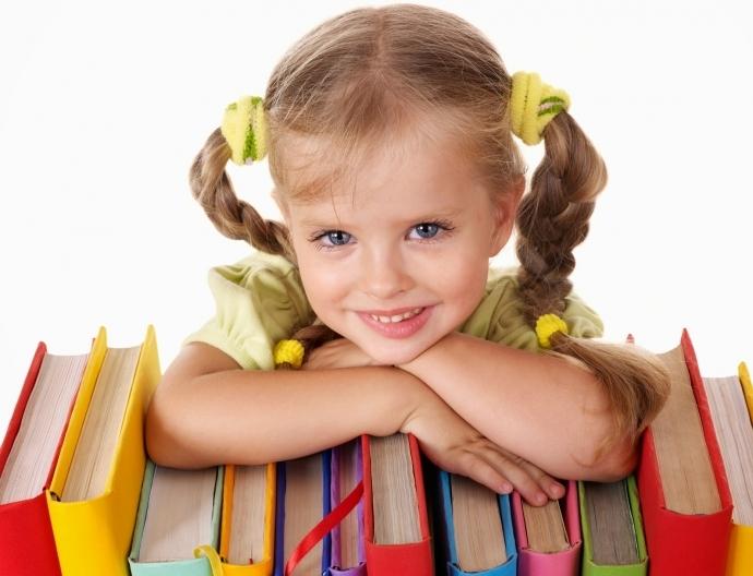 Tiêu chí nào để chọn quà tặng tết thiếu nhi 1-6 cho bé gái?
