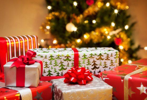 Kinh nghiệm chọn quà Noel khéo léo vừa lòng nàng