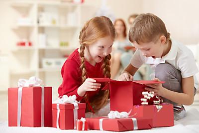 Tư vấn chọn quà tặng sinh nhật cho bé theo từng độ tuổi