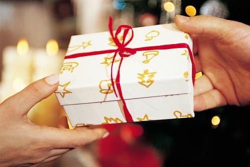 Tổng hợp những kinh nghiệm chọn quà tặng độc đáo nhất cho từng đối tượng