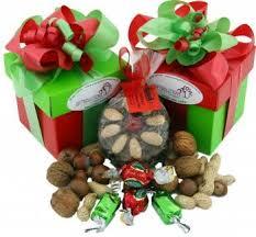 Bạn bè, người thân đi xuất khẩu lao động nước ngoài nên tặng quà gì ý nghĩa