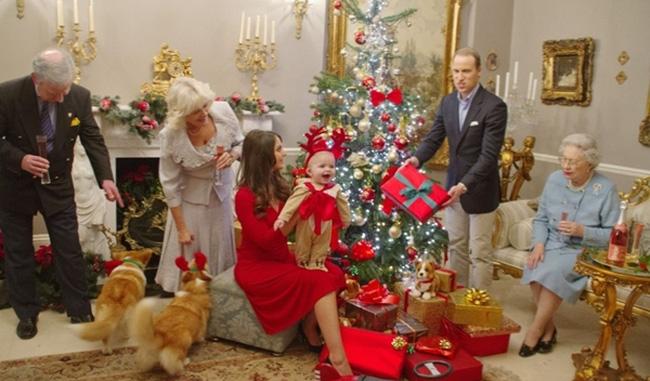 Top Những Món Quà Giáng Sinh Tuyệt Vời Dành Tặng Người Thân Yêu