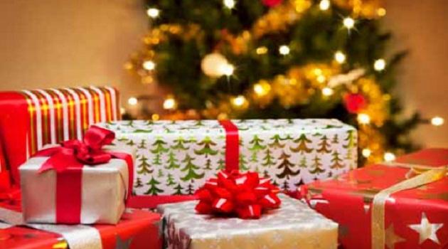Chọn gì làm quà tặng Giáng sinh cho bạn gái?