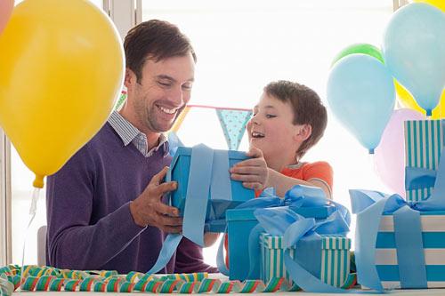 Lời khuyên chọn quà sinh nhật cho bố